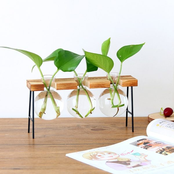3er Vase mit Holzgestell